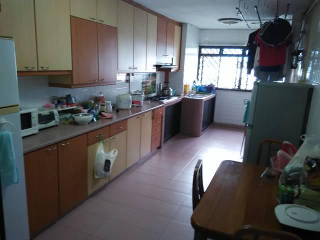 Common Rm West Coast Blk 511 , 750 , avail 5Sept, Nr Clementi, Singapore