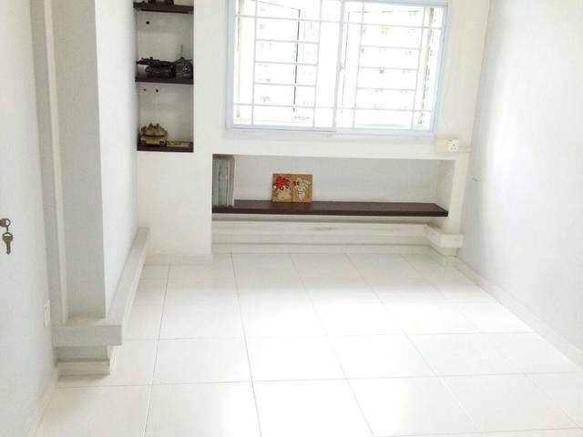 Commn room to rent at PUNGGOL FIELD