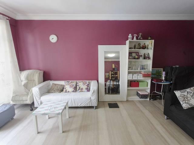 2 common rooms in Woodlands Condo