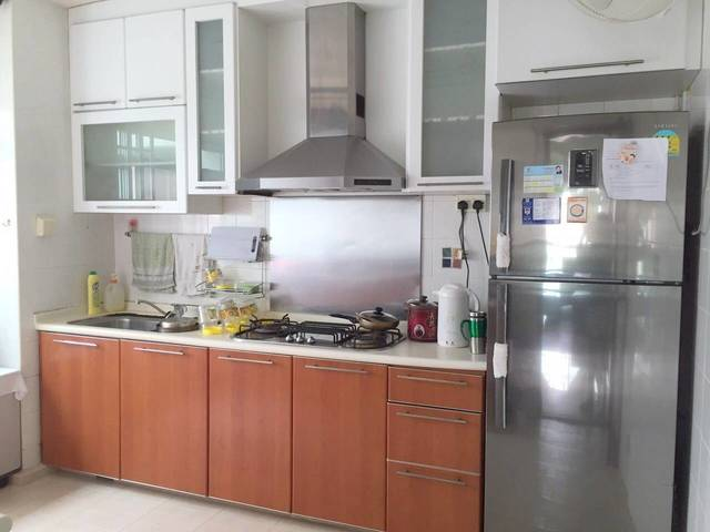 Punggol Plaza & LRT Common Bedroom Rental Lease by Direct Owner