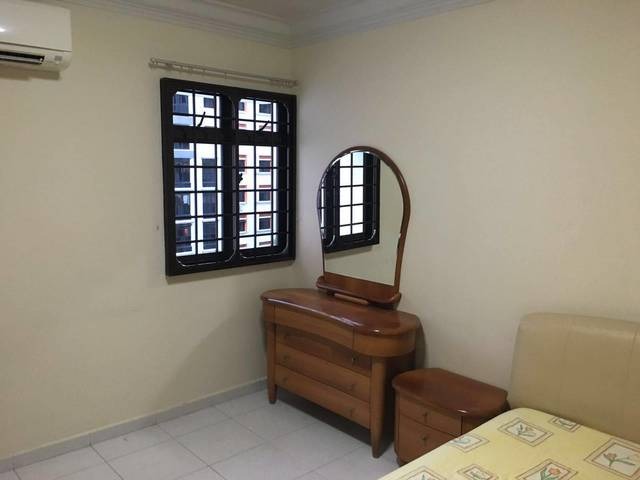 Common room near Woodlands for rental - No Agent fee
