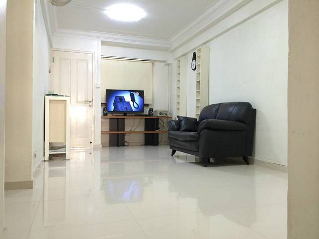 Fully Furnished Master Room @ Clementi West For Rent. No agent Fees. $900
