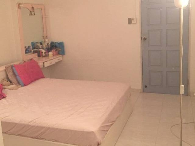 Master room in Pasir Ris for 800 sgd