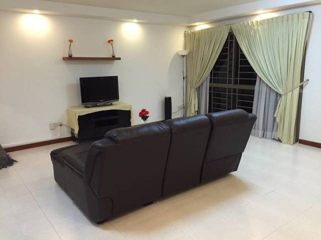 Common Room for Rent @ Block 321C Anchorvale Drive, Singapore (just 5-mins walk to Sengkang MRT)