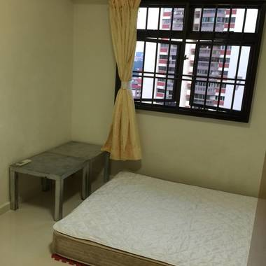Common Room For Rent Next To Tiong Bahru MRT