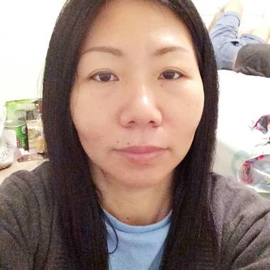 Agnes  is looking for a room in Singapore