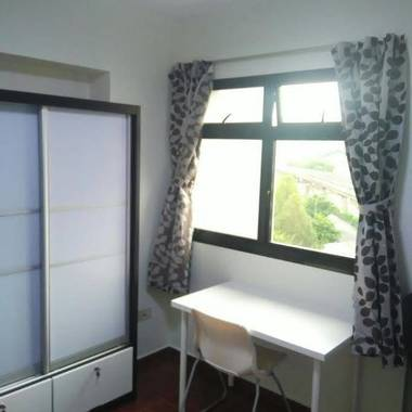 Sengkang Blk 207D common room for rent $500