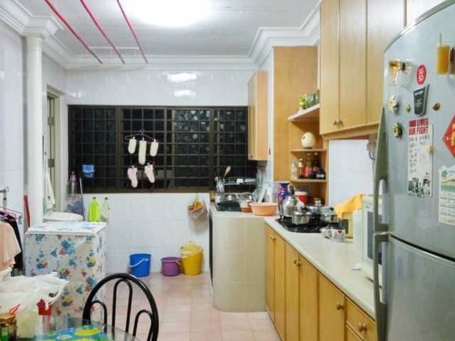 Cheap Bedok MRT Masteroom for rent, no Agt fee