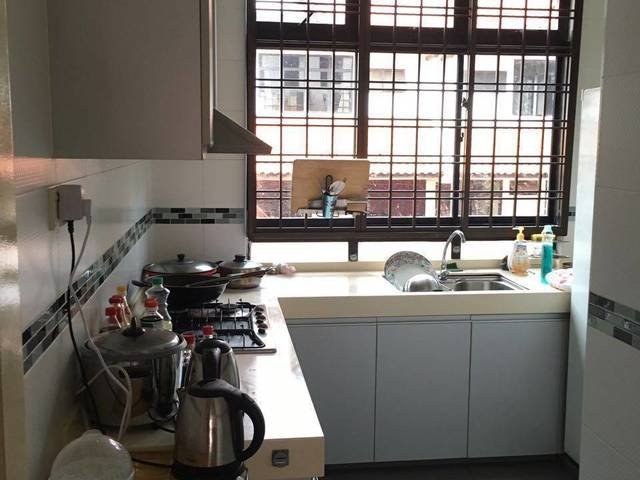 One Single Bedroom of Condominium flat for Rent
