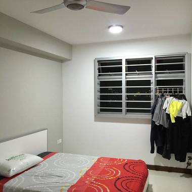TAMPINES ROOM FOR RENT - DIRECTLY OPP UNITED WORLD COLLEGE EAST CAMPUS