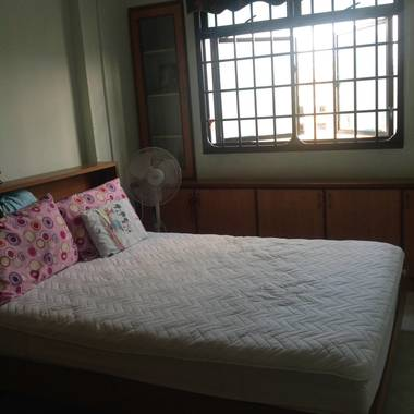 Room ready to occupy  1 min walk to Pioneer mrt
