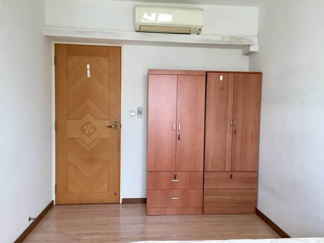 79B Toa Payoh Central, Spacious Common Room - High Floor, Great Location!