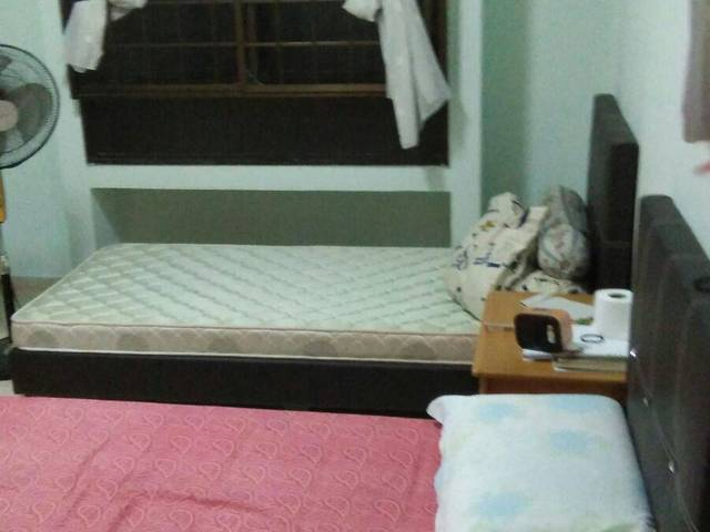 Jurong West Room for Females Only