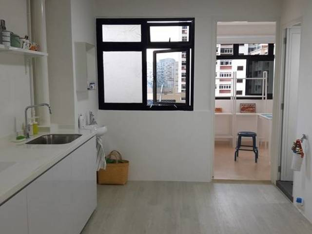Blk 6 Holland Close - suitable for singles/couples, short/long term