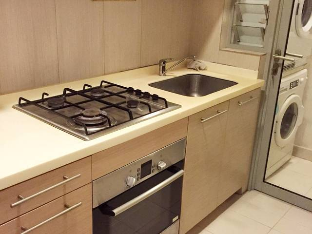 Novena Baletier Cozy Master Room mins walk to Novena MRT!
