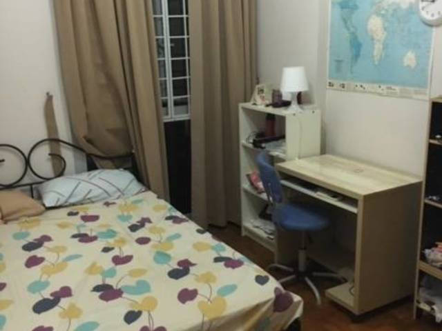 Spacious Common Room Condo