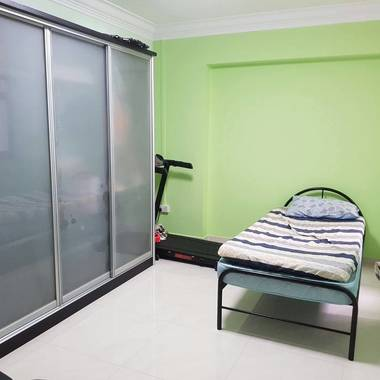 Immediate Room Availble at Admirality MRT
