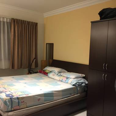 5 room whole unit for rent less than 5min to Pioneer MRT.