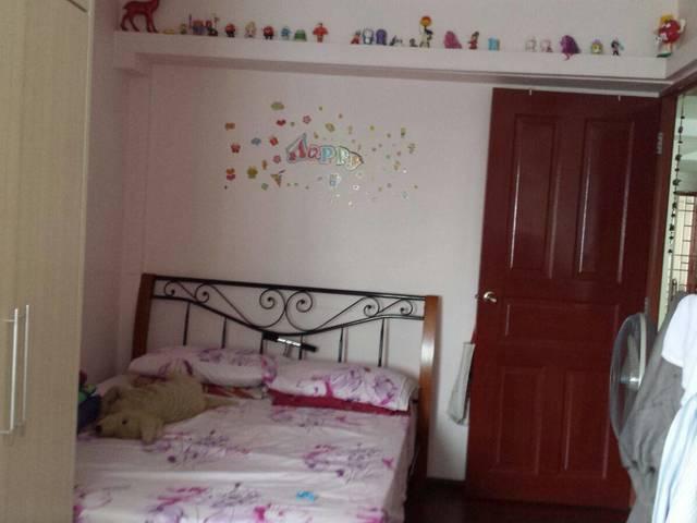 HDB Blk 385, Bukit Batok - for rent