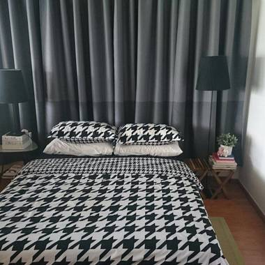 Master Bedroom at Shunfu Road (Marymount MRT) For Rent