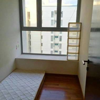 Clean Condo Room in Novena