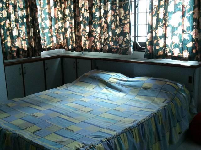 MASTER ROOM WITH COOKING AT BUKITPANJANG PLAZA OPP 606(NO AGENT)