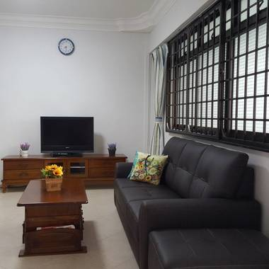 BLK 663D Jurong West St 65. 5 mins to Boon Lay MRT and Jurong Point. NO AGENT FEE.