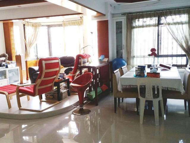 Near Boon Lay MRT/ Jurong Point - 3+1 Blk 666A Jurong West Street 65 Whole Unit for Rent