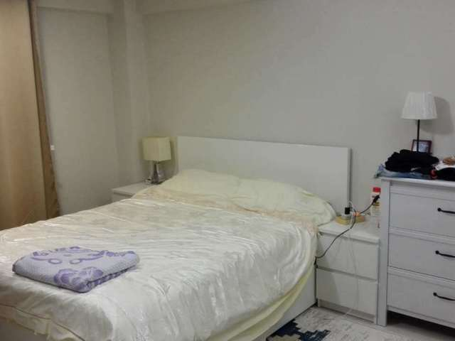 Cozy Downtown Room near MRT