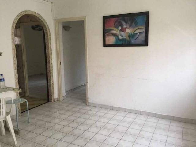Redhill - Whole Unit 2+1 Rooms HDB Flat for rent.