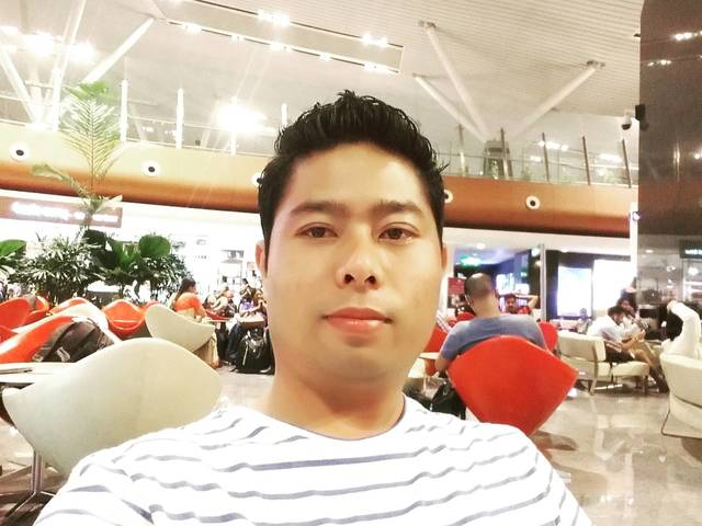 Onlalmawi Vaiphei is looking for a room in Singapore