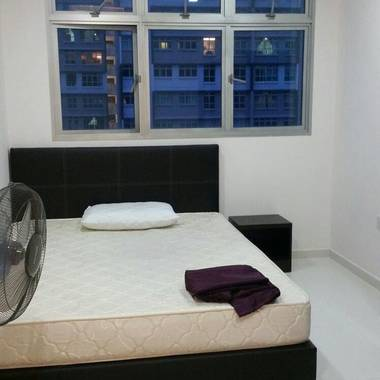 Hdb five room flat for rent