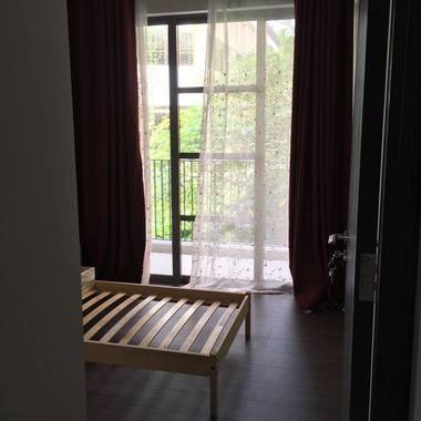 Fully furnished new condo, one common room for rent,Near Serangoon and Woodleigh mrt