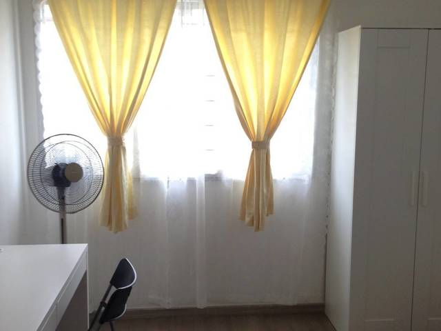 HDB Corner Unit near Bukit Gombak MRT - New Common Room
