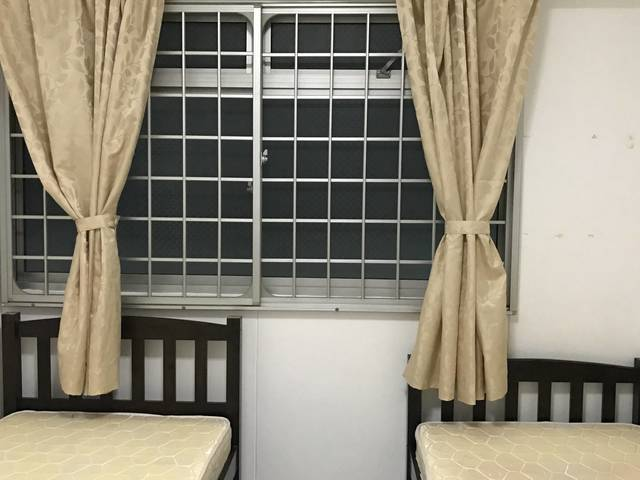 common room to rent (near Jurong Point/BoonLay MRT)