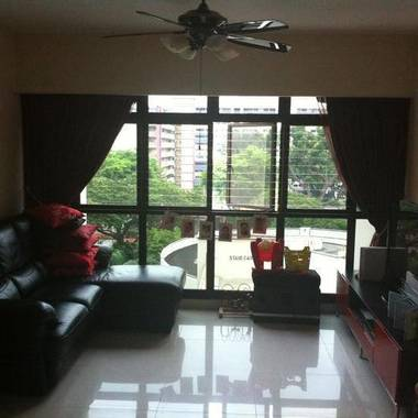 4 ROOM HDB In Central Singapore! Low rental, fully furnished. Excellent location