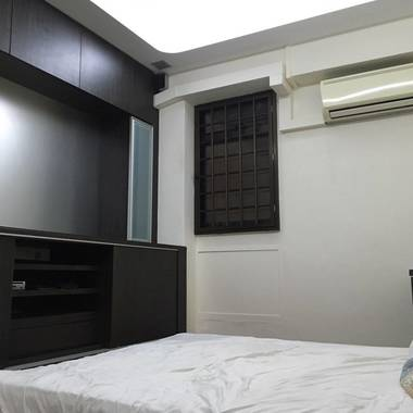 Master Bedroom with bath room attached for rent Rivervale Sengkang