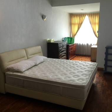 3 bedroom apt near Woodlands Checkpoint