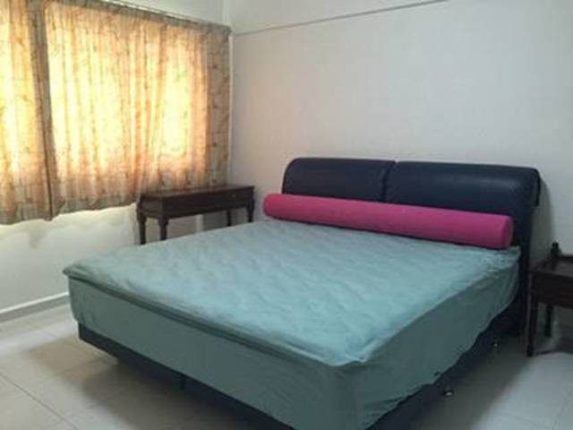 2 common rooms, No agent fee, Next to Pasir Ris MRT