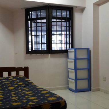 Common Bed Room For Rent