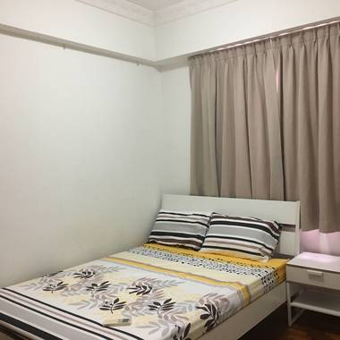 Common Bedroom – Castle Green – Nr. Yio Chu Kang MRT