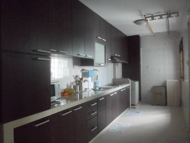 (No Stay-In Owner All-Ladies Apartment) One Common Room Near Yew Tee MRT for Rent.