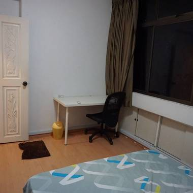 Condo room 10 min walk to Outram park, Clarke quay and china town