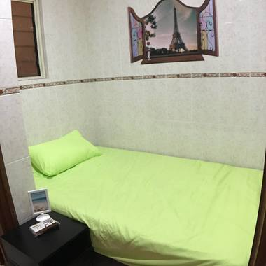 Changi Private Jr Master Bed Room Ensuite bathroom - furnished with a Double Bed