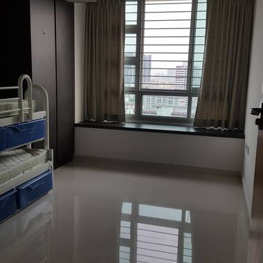 Clean, Quiet, Unblocked View => Room Available at Clementi Near SIM, NUS, NUH, SingPoly, Ngee Ann
