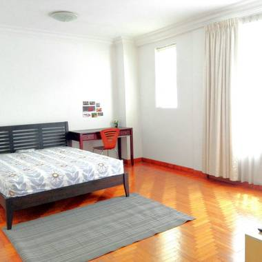 Beauty World MRT-Upper Bukit Timah Road_Master Room for Rent