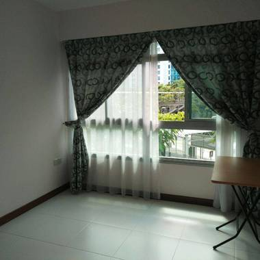 HDB Room + Toilet for rent
