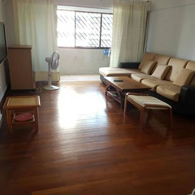 For rent - 66 Telok Blangah, high floor, near MRT, conveniently located