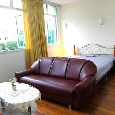 Studio Room (Furnished) in Upper East Coast Road