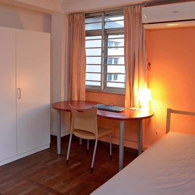 Room in central Singapore